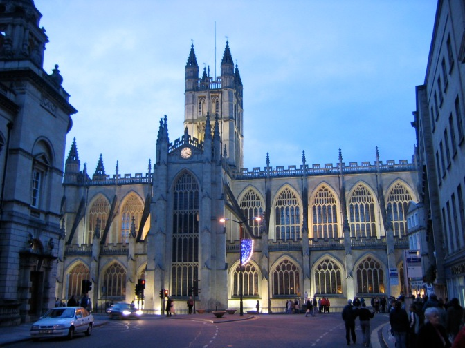 Bathabbey_at_night.Wiki