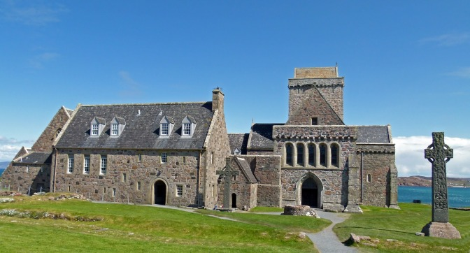 Iona Abbey.r8ist.com