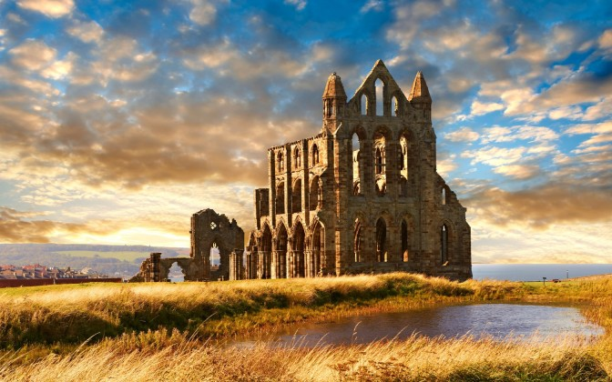 whitby-abbey-roughguides