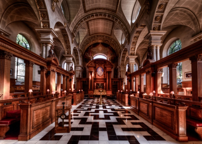stbridesfleetstreet-chancel-vulturelabs