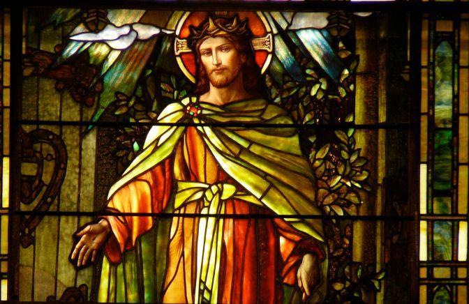 christthelightoftheworld-grace-sttlukesmemphis-tiffanywindow-wiki