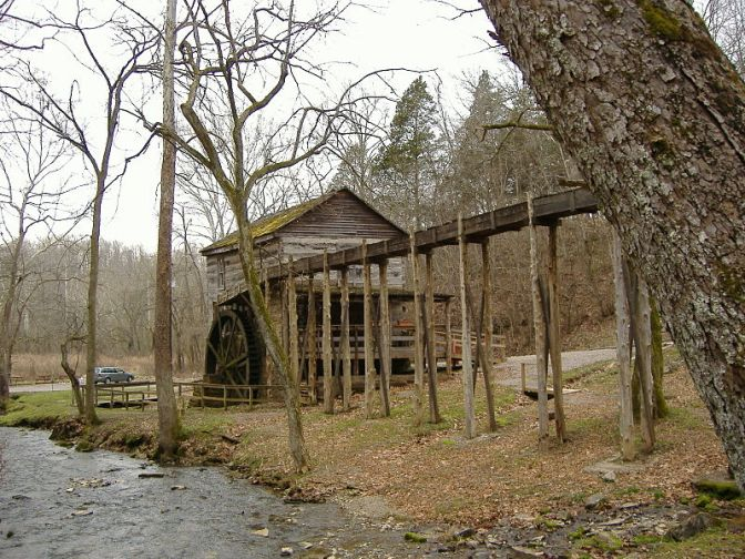 SquireBooneCavernsGristmill